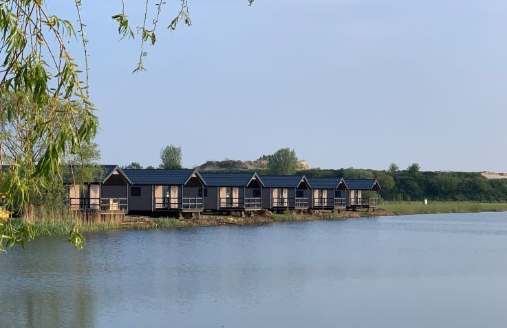 Familievakantiepark Krieghuusbelten - Waterlodges in Overijssel