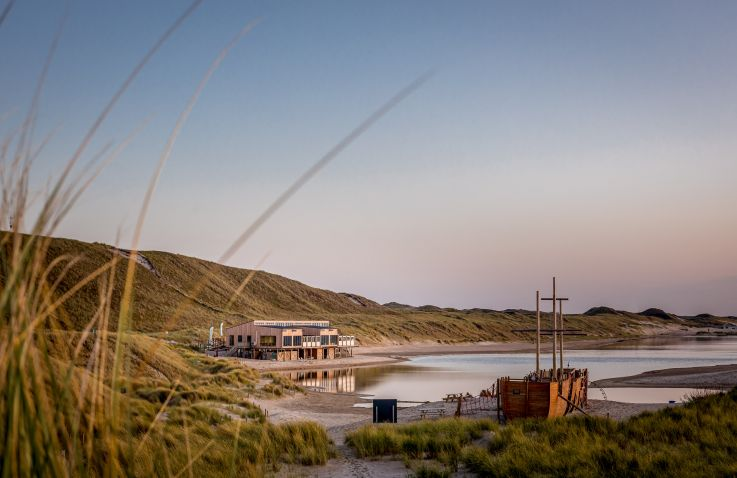 Laguna Beach family camp & surf - Pop-up glamping Noord-Holland
