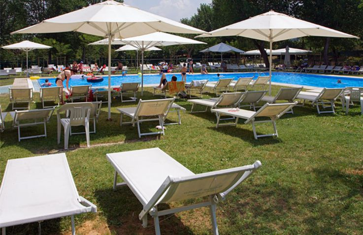 Camping parco delle piscine glamping toscane itali for Camping parco delle piscine toscane